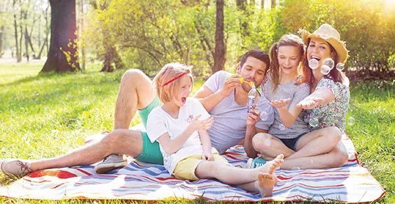 Lifestyle | Family enjoying a day at the park